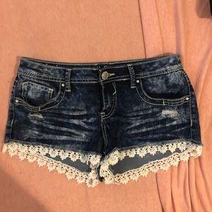 Pants - Jean Booty Shorts